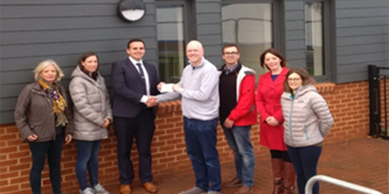 Community Centre Receive Donation